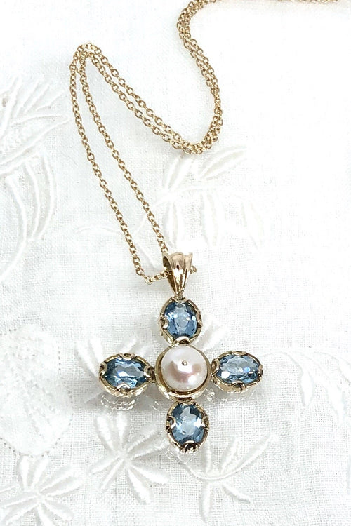 Vintage Blue Topaz and Pearl Pendant in 9ct gold