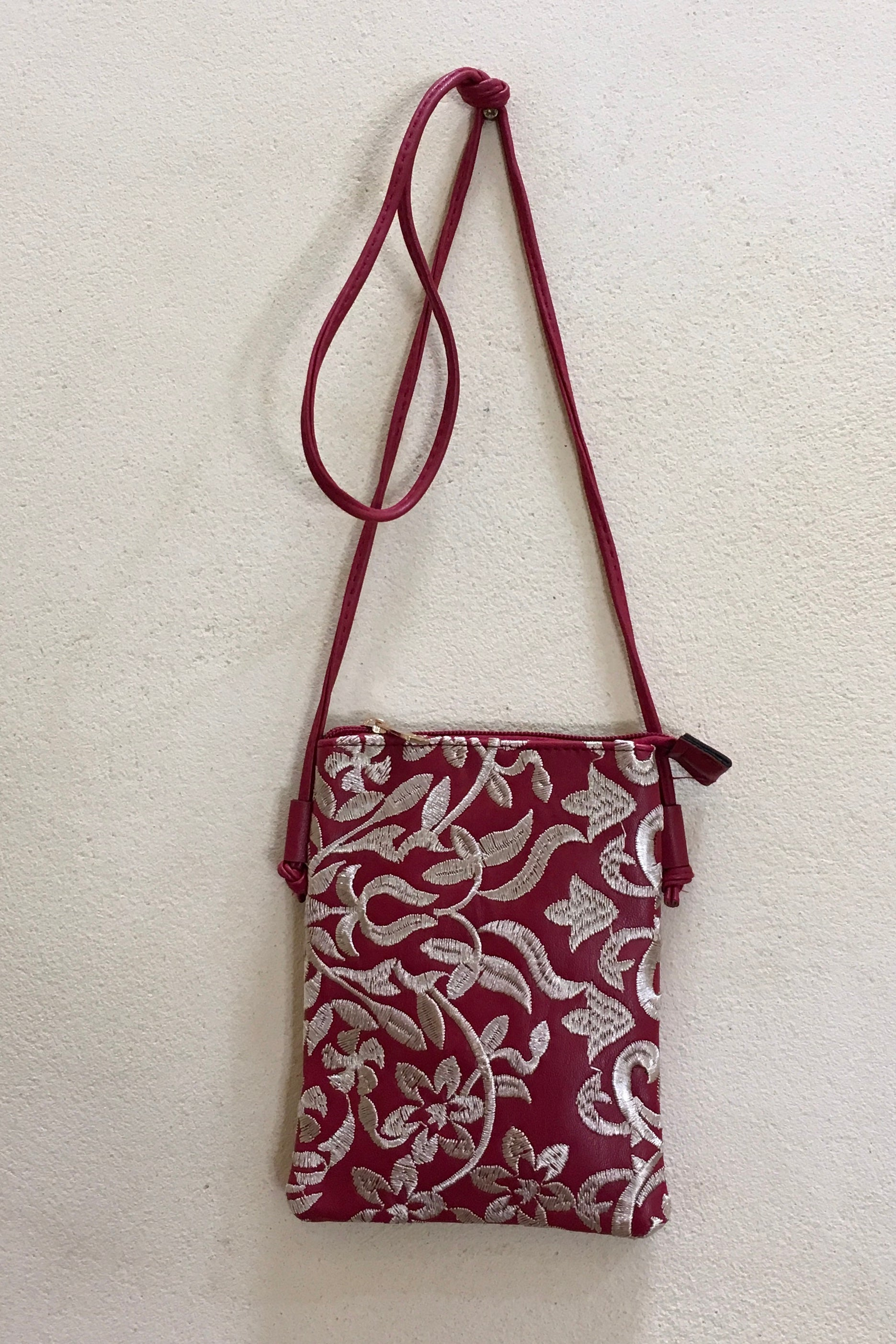 Yeah Bag Tiny with Embroidery Red