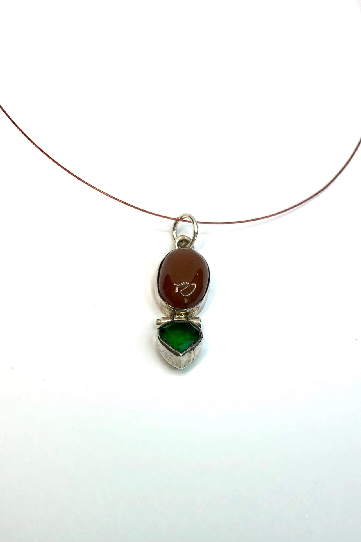 Echo Line Pendant Earth Gems
