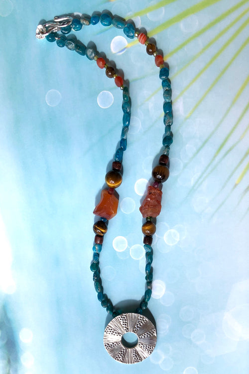 Necklace Cay Sun Circle and Apatite