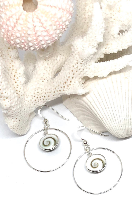 Earrings Cay Shiva Shell Hoop