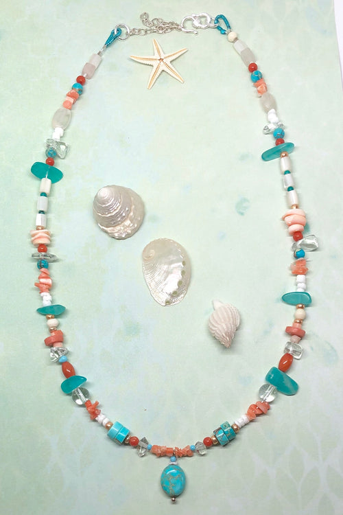 Necklace Cay Coral Sea with Natural Gemstones