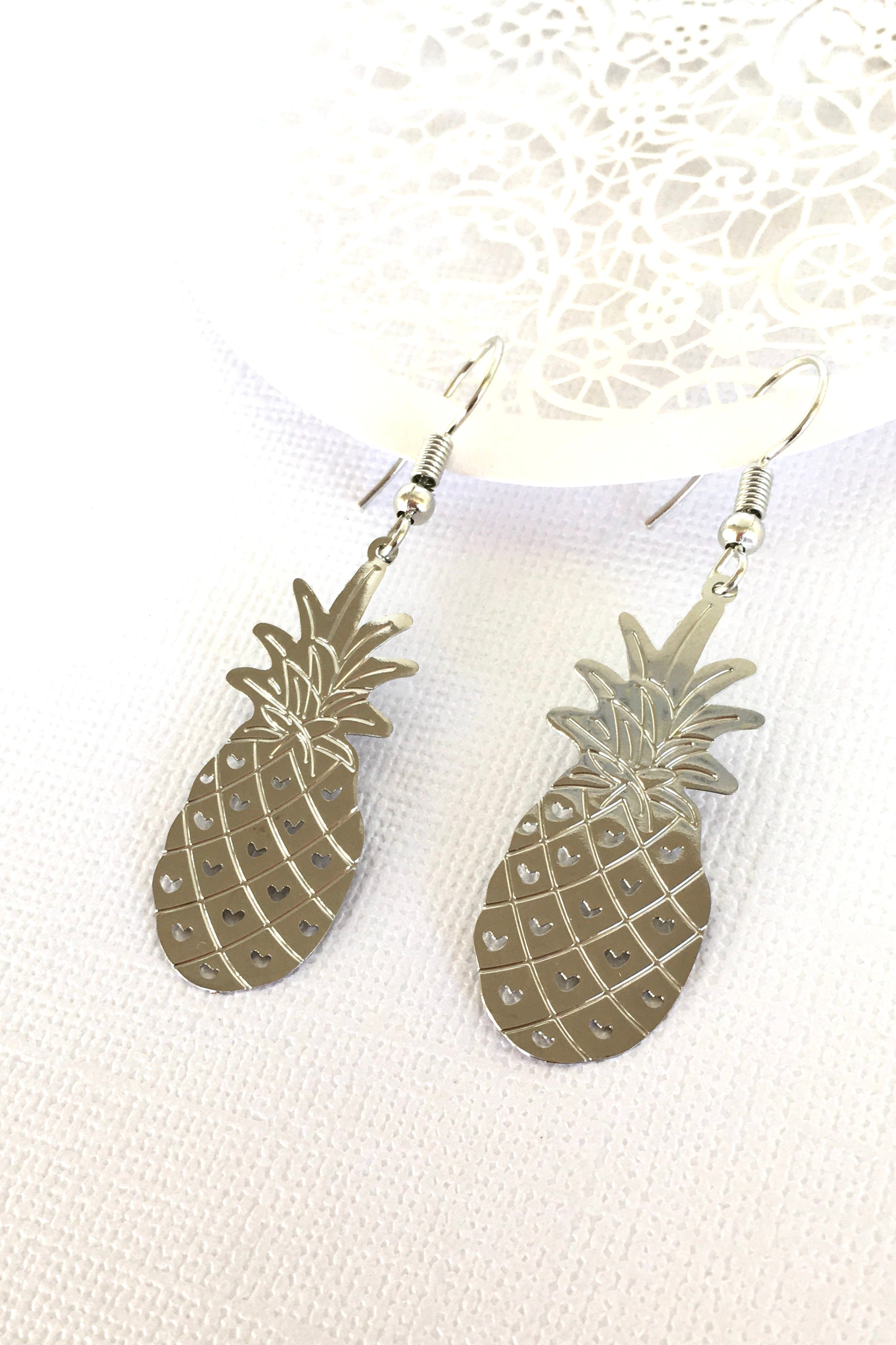 Earrings Fluttery Pineapple in Silver