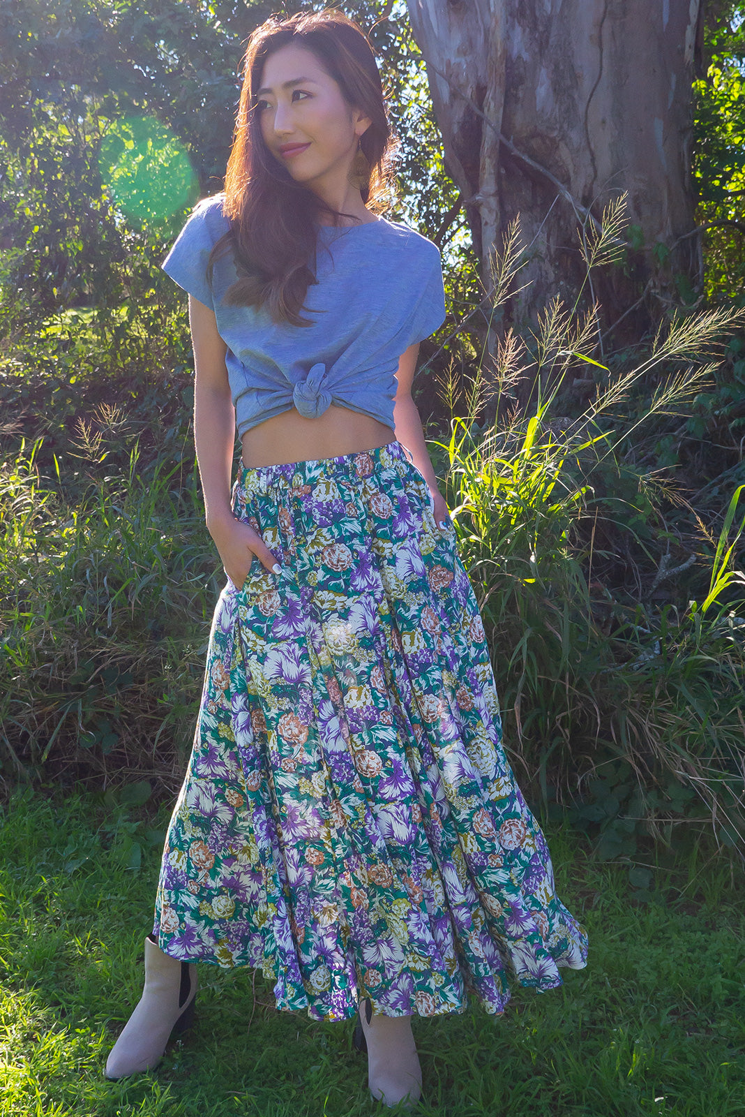 Avalon Grape Vine Skirt is a full and flowy midi length bohemian skirt. With a multicoloured floral pattern featured large bunches of grapes. Super girly quirky and fun. 100% rayon.