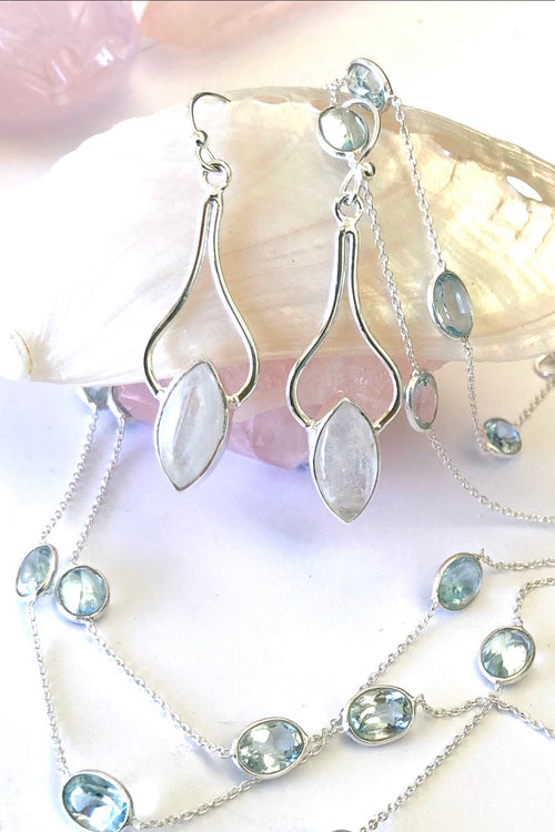 Oracle Earrings Gem Balance 925 Silver and Moonstone