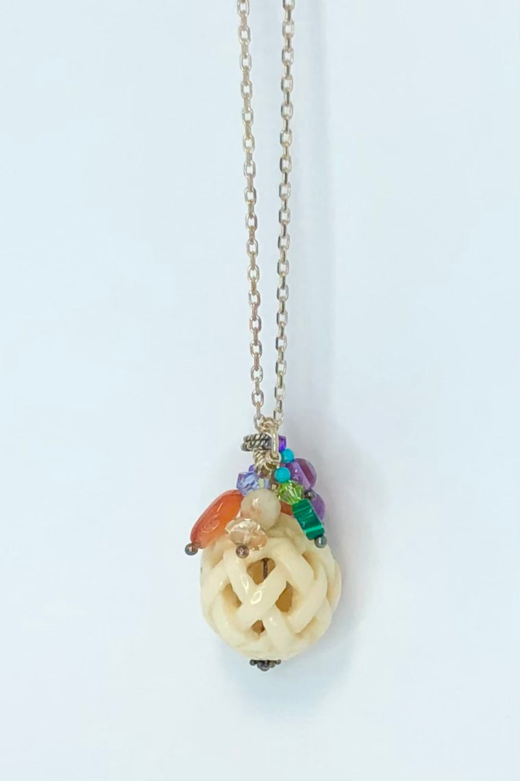 Echo Pendant Gem Colour Fall Ball