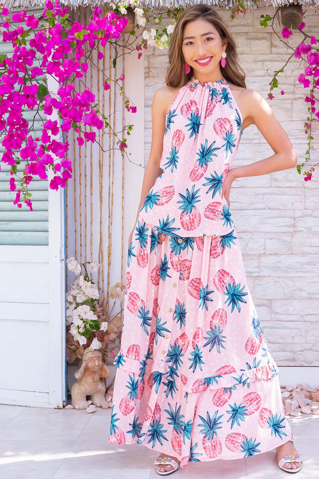 Coolum Pink Pine Top, high neck halter design in 100% rayon - ideal for warm spring/summer days. Pair with matching skirt.