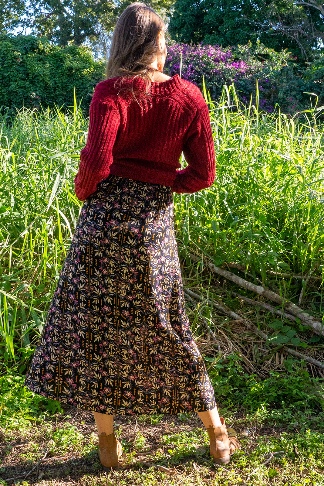 Cosmos Raven Rust Maxi Skirt is made from 100% viscose. Functional button down front in a vintage patterned fabric. Comes with deep pockets. Flattering flowy skirt, very soft and comfortable.
