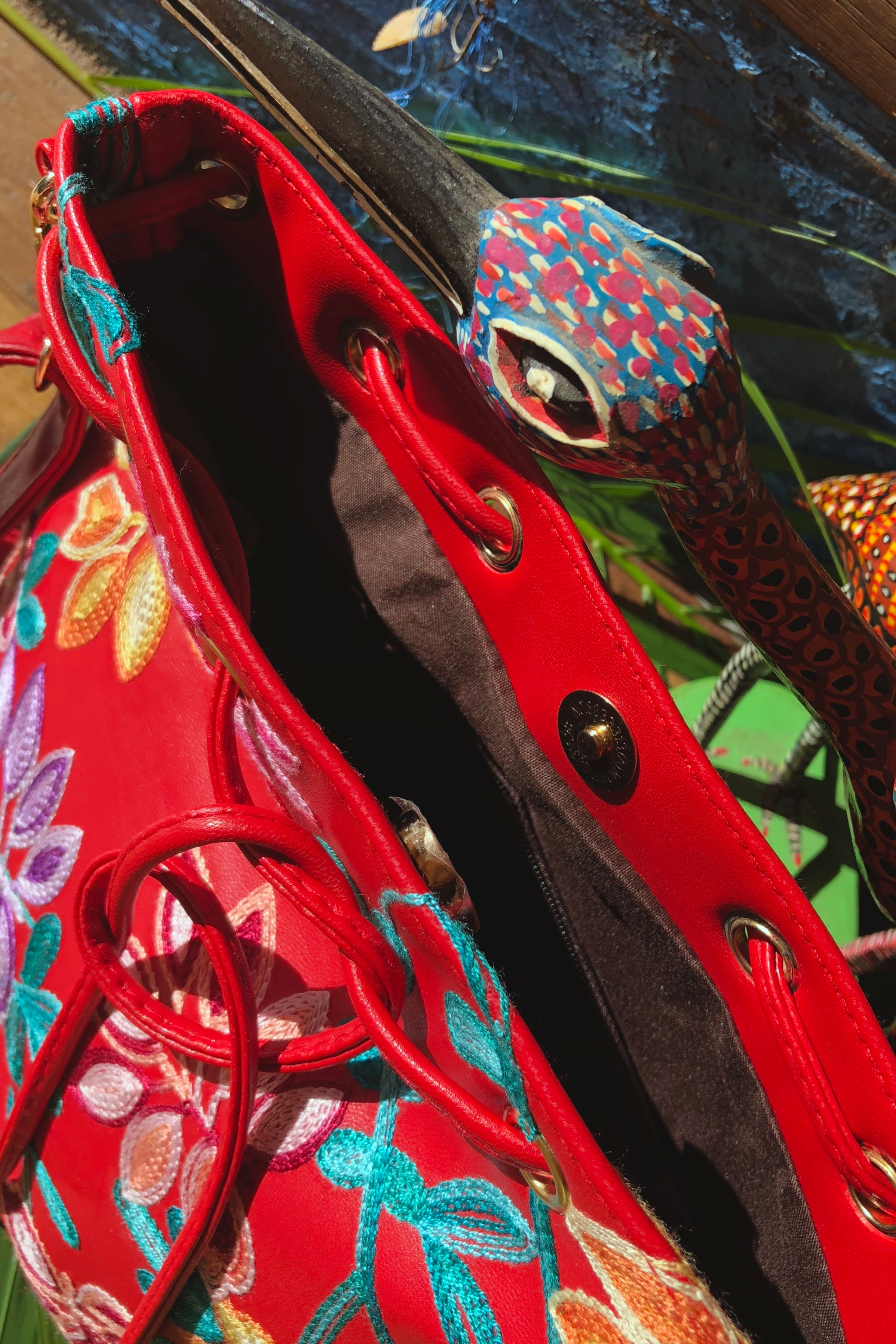 Yeah Bag Boho Colours in Red Vegan Leather with Bright Embroidery
