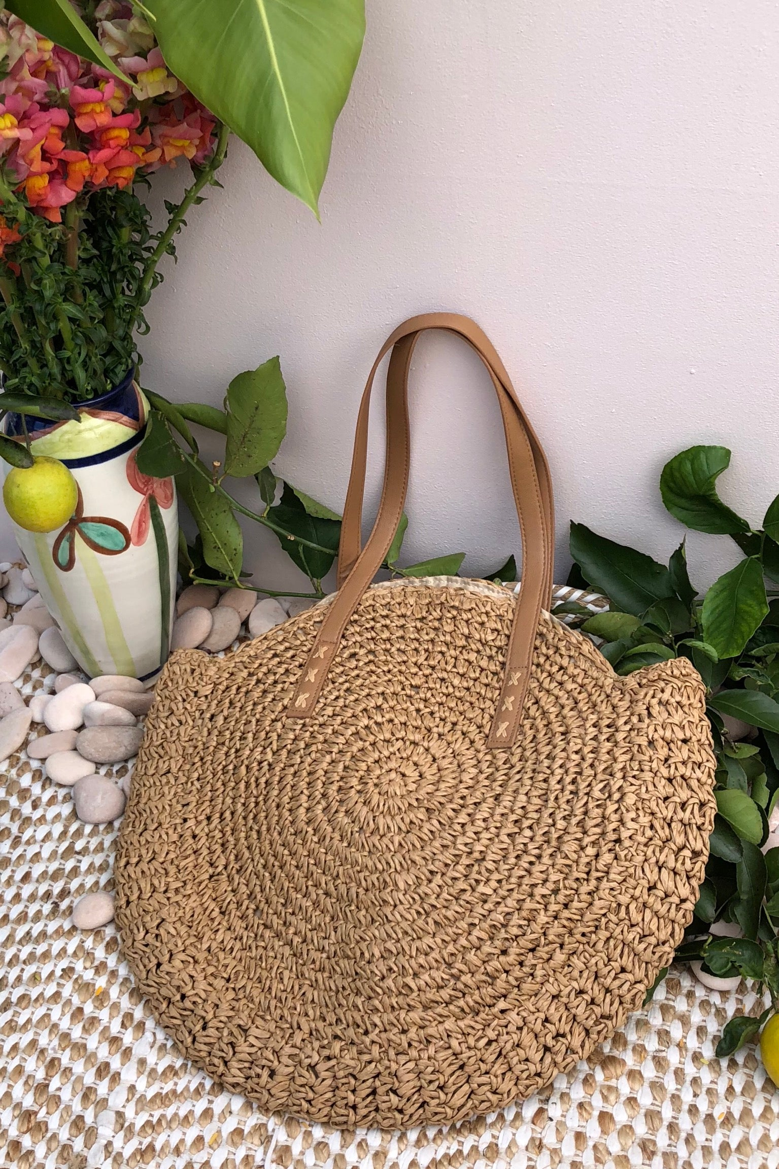 Bag Ava Pomona in Cream Straw large round beach bohemian bag with a retro vegan leather handle