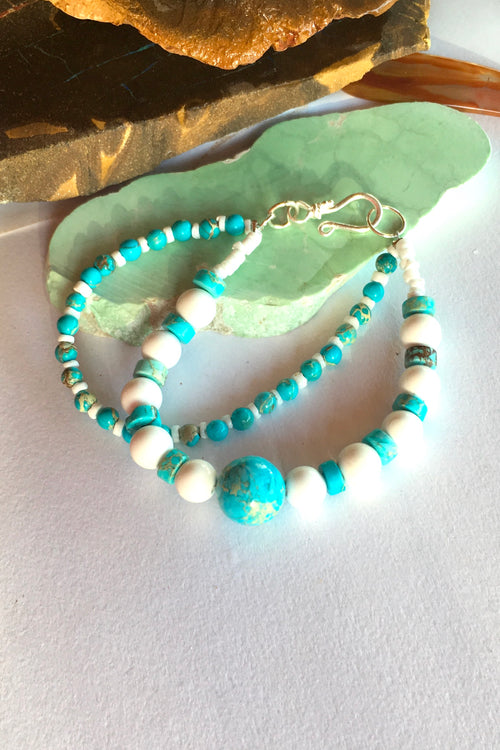 Bracelet Cay Howlite and Shell Double Strand