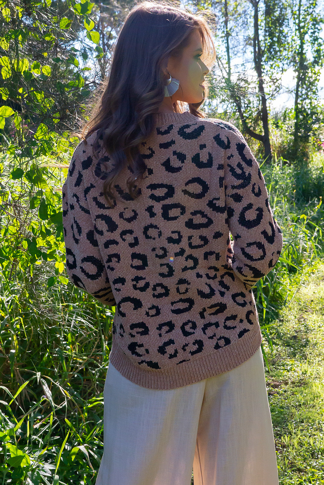 Jumper Caro Animale features a large graphic leopard design on a ultra soft velvet touch fabric