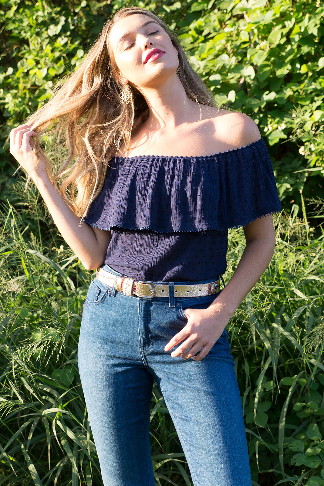 Macy Frill in Navy Off the shoulder top with an elastic neckline and drop over sleeve in a bright crisp white woven dobby rayon