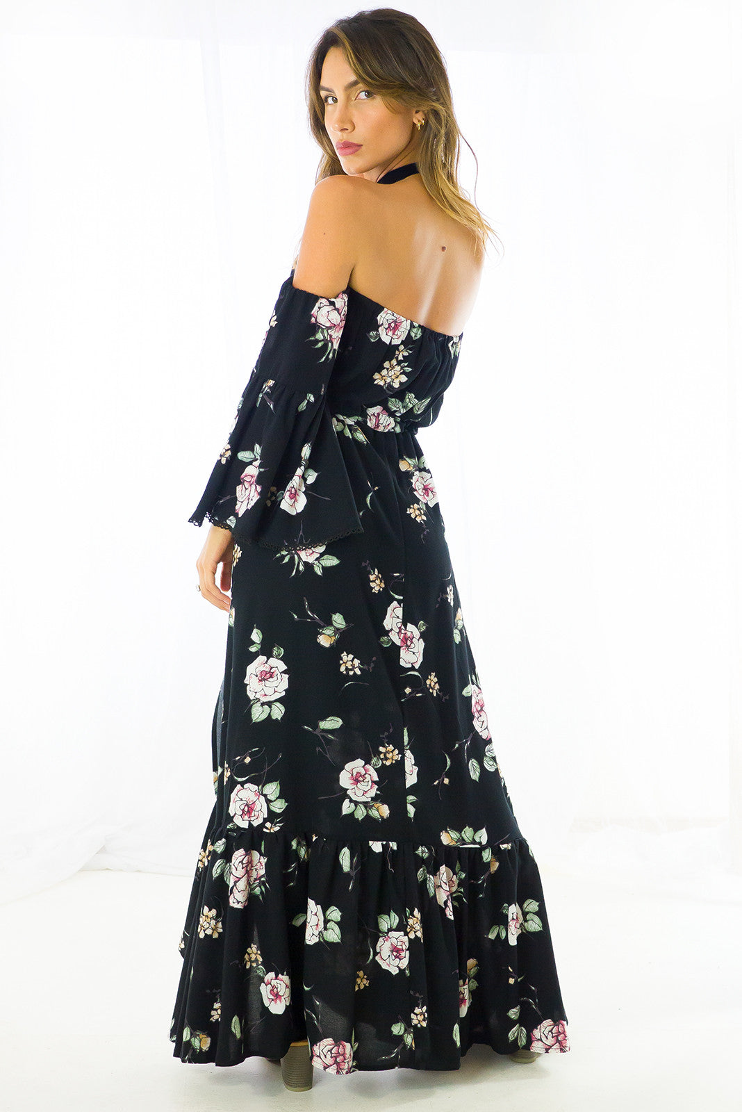 Off the shoulder Romance waisted maxi dress in black floral print