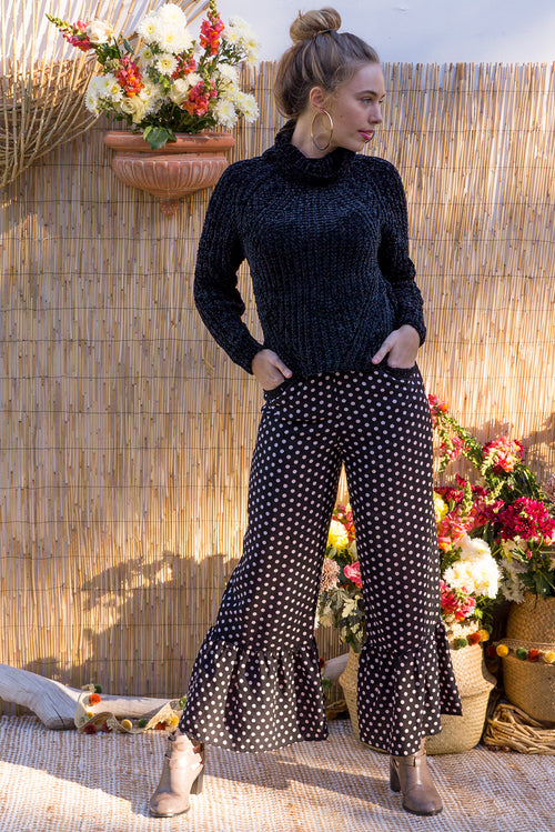 Wandering Pants in Retro Black Spot