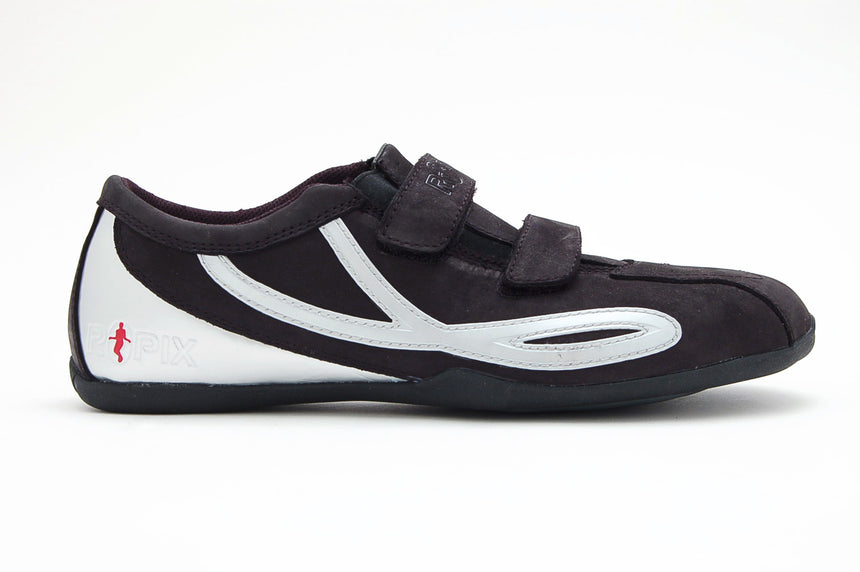 Only one pair! The Velcro strap Turbo Model size 9M/10.5W