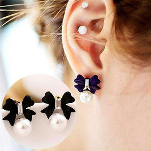 GGotta's Bow Stud Earrings