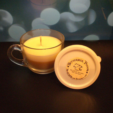 Butteredbeer Scented Candle with FREE gift!