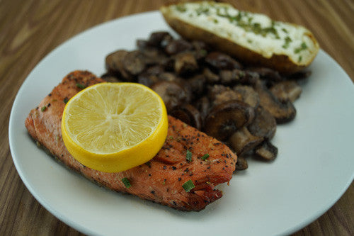 Pan-Cooked Salmon with Mushrooms & Baked Potato