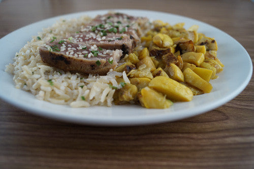 seared-ahi-tuna-with-sides-of-sauteed-squash-&-rice-skillit-simple-easy-recipes-dinner-skillet
