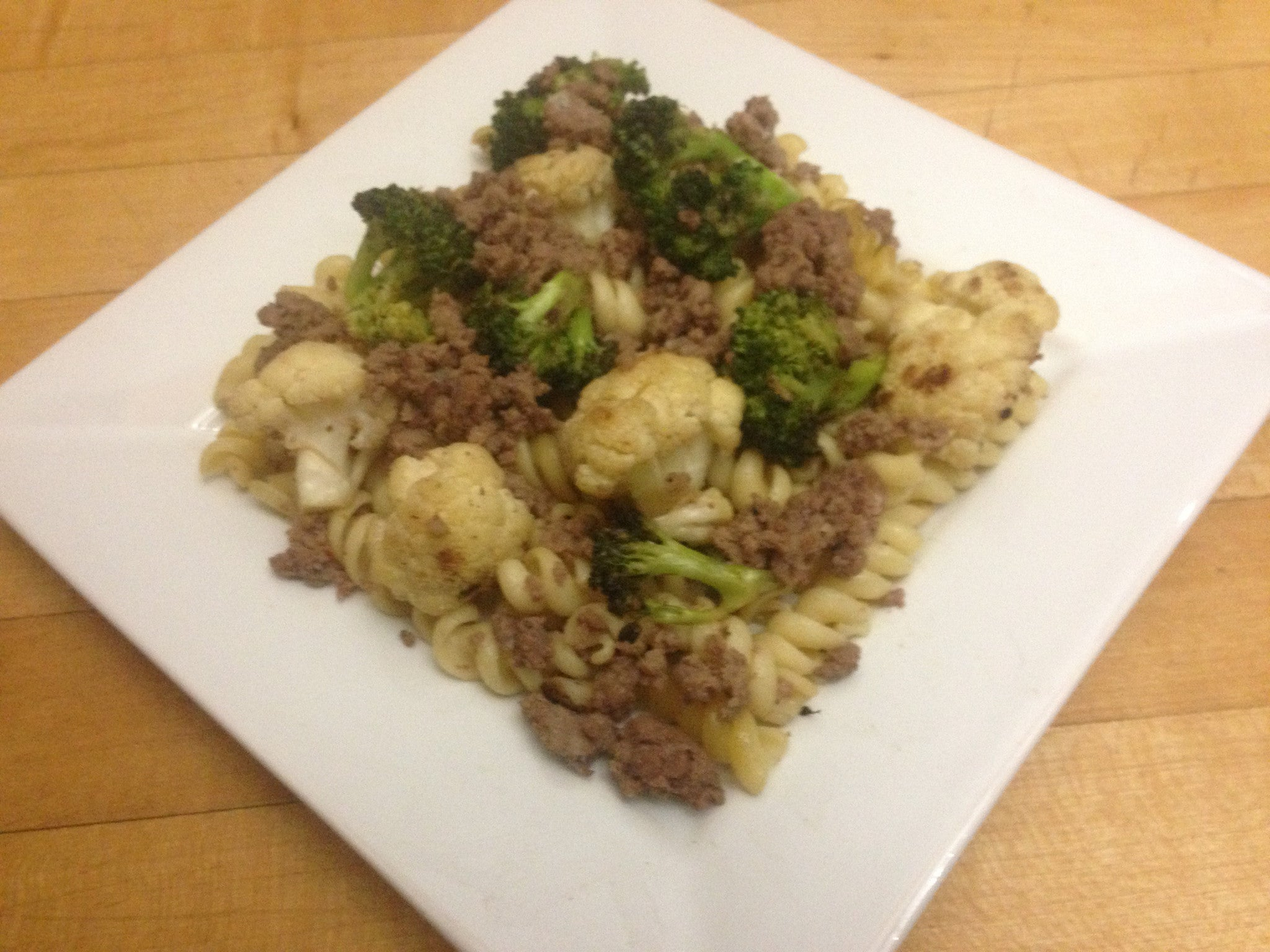 broccoli-&-cauliflower-pasta-with-ground-beef-skillit-simple-easy-recipes-dinner-skillet