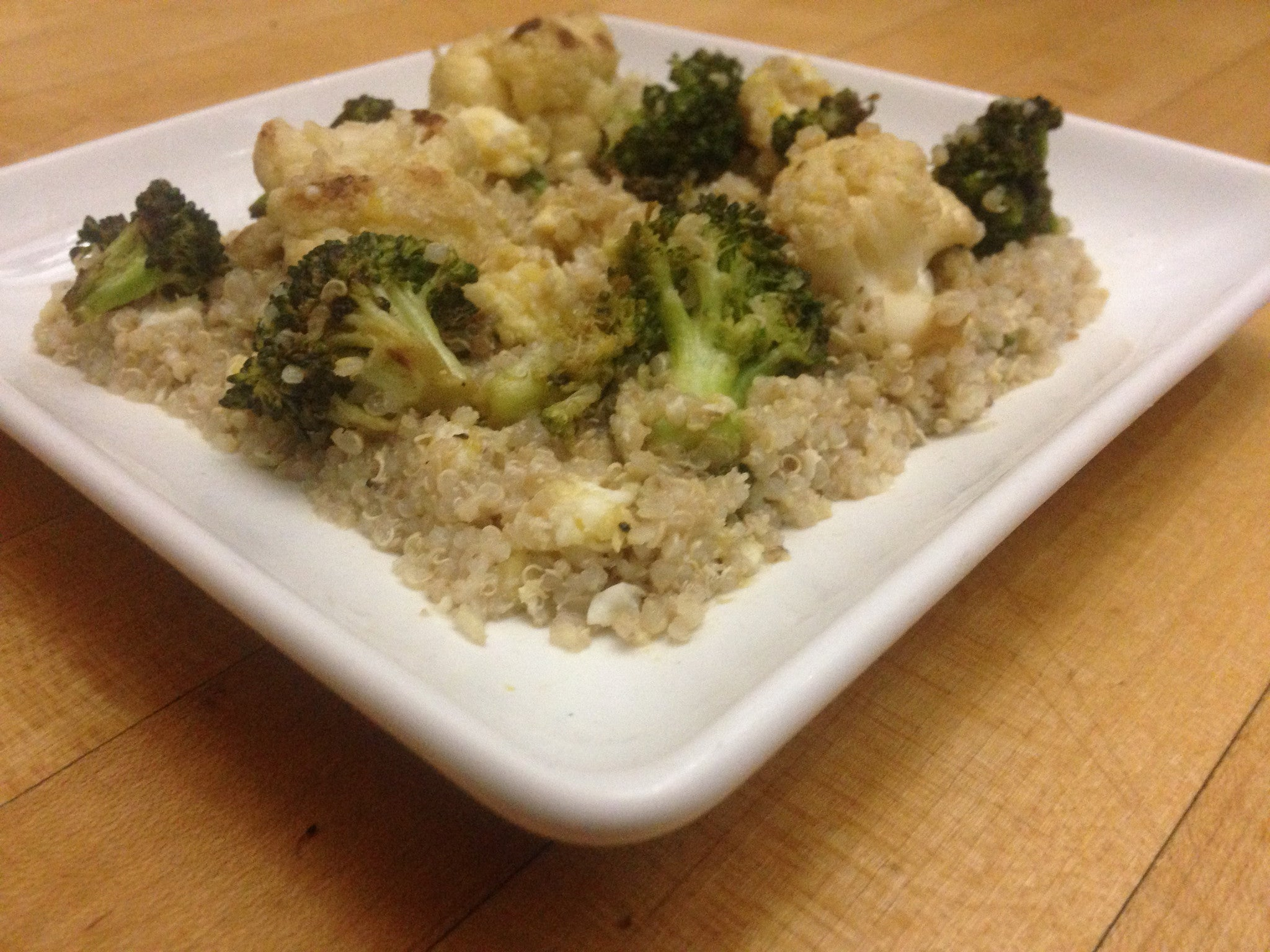 egg-fried-quinoa-with-broccoli-&-cauliflower-skillit-simple-easy-recipes-dinner-skillet