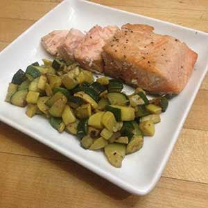 salmon-fillet-with-squash-and-zucchini-fried-quinoa-skillit-simple-easy-recipes-dinner-skillet