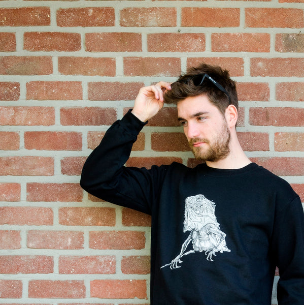 unisex sweaters- iguana - black and white - outside picture