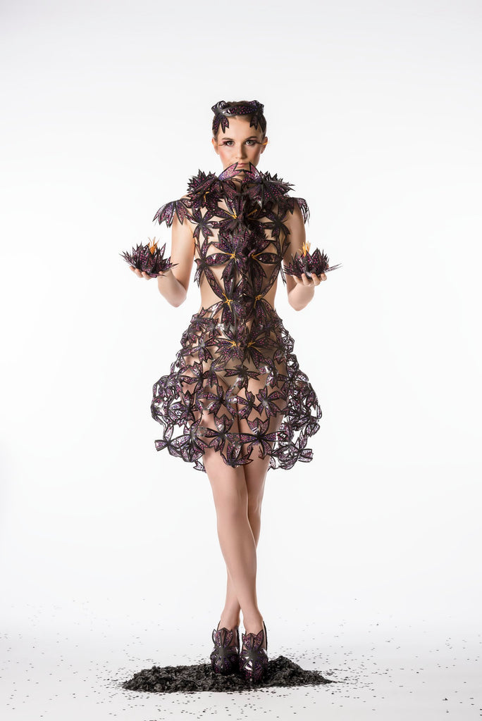 Fashion&Costumedesign-A wonderful world- lotus blossum-JanaRoos