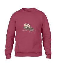 JanaRoos - T-shirts and Sweaters - Sweater - Packshot - Hand drawn illustration - Round neck - Long sleeves - Cotton - independence red - rood - honey bee - honing bij