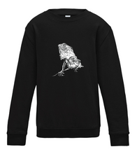 JanaRoos - T-shirts and Sweaters - Kid's Sweater - Packshot - Hand drawn illustration - Round neck - Long sleeves - Cotton - Jet black - Zwart - Iguana - IguJana