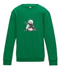 JanaRoos - T-shirts and Sweaters - Kid's Sweater - Packshot - Hand drawn illustration - Round neck - Long sleeves - Cotton - Kelly Green - Groen - Panda