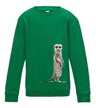 JanaRoos - T-shirts and Sweaters - Kid's Sweater - Packshot - Hand drawn illustration - Round neck - Long sleeves - Cotton - Kelly green- gras groen- meerkat - stokstaartje