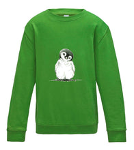 JanaRoos - T-shirts and Sweaters - Kid's Sweater - Packshot - Hand drawn illustration - Round neck - Long sleeves - Cotton - limoen groen - lime green - penguin - pinguin