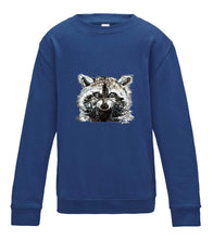 JanaRoos - T-shirts and Sweaters - Kid's Sweater - Packshot - Hand drawn illustration - Round neck - Long sleeves - Cotton - Royal blue - blauw - raccoon - wasbeer - wasbeertje