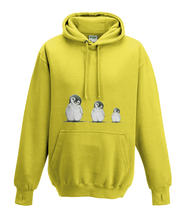 JanaRoos - Hoodies - Kids Hoodie - Packshot - Hand drawn illustration - Round neck - Long sleeves - Cotton - yellow - geel - Penguins - Pinguïns