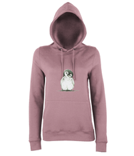 JanaRoos - women's Hoodie - Packshot - Hand drawn illustration - Round neck - Long sleeves - Cotton - dusty pink - penguin