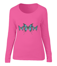 Women T-shirt -  organic cotton - long sleeved - round neck - coral pink - roos - printdesign - drawing - JanaRoos - butterflies - vlinders