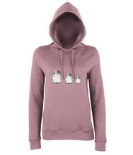 JanaRoos - women's Hoodie - Packshot - Hand drawn illustration - Round neck - Long sleeves - Cotton - dusty pink- penguins
