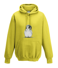 JanaRoos - Hoodies - Kids Hoodie - Packshot - Hand drawn illustration - Round neck - Long sleeves - Cotton - yellow - geel - Penguin - Pinguïn