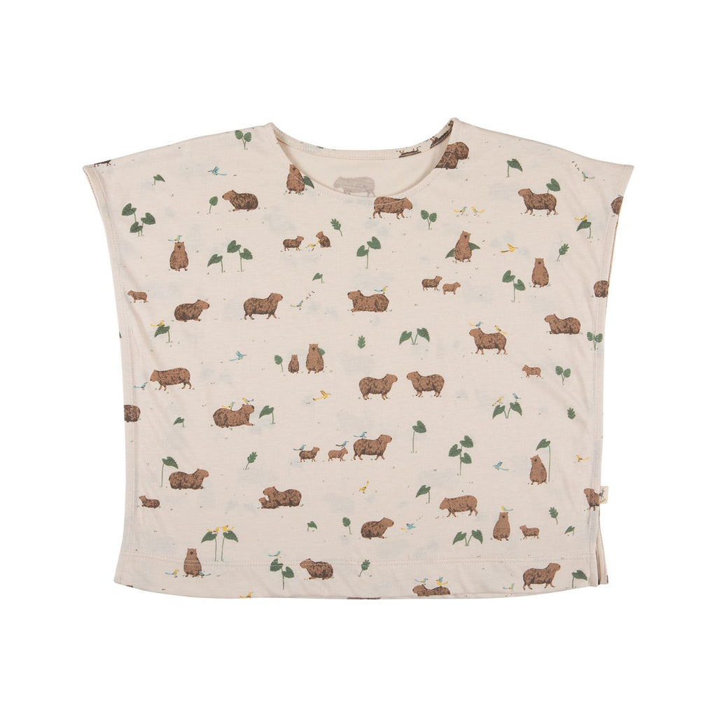 Red Caribou Oversized T-Shirt - Capybara