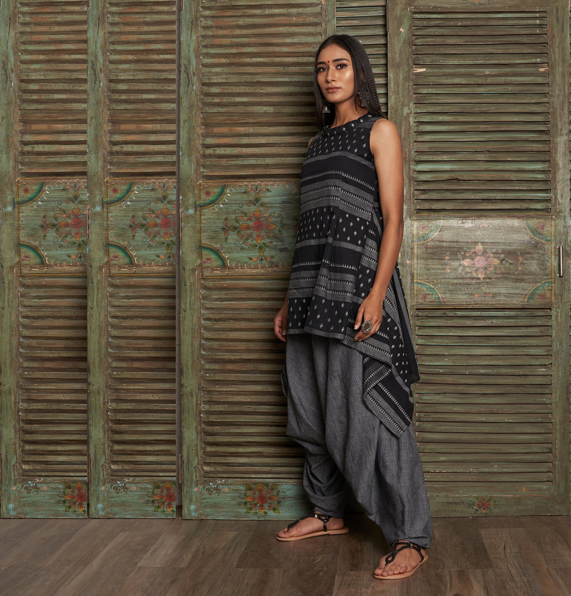 Manah Tunic with Anzu Dhoti pant