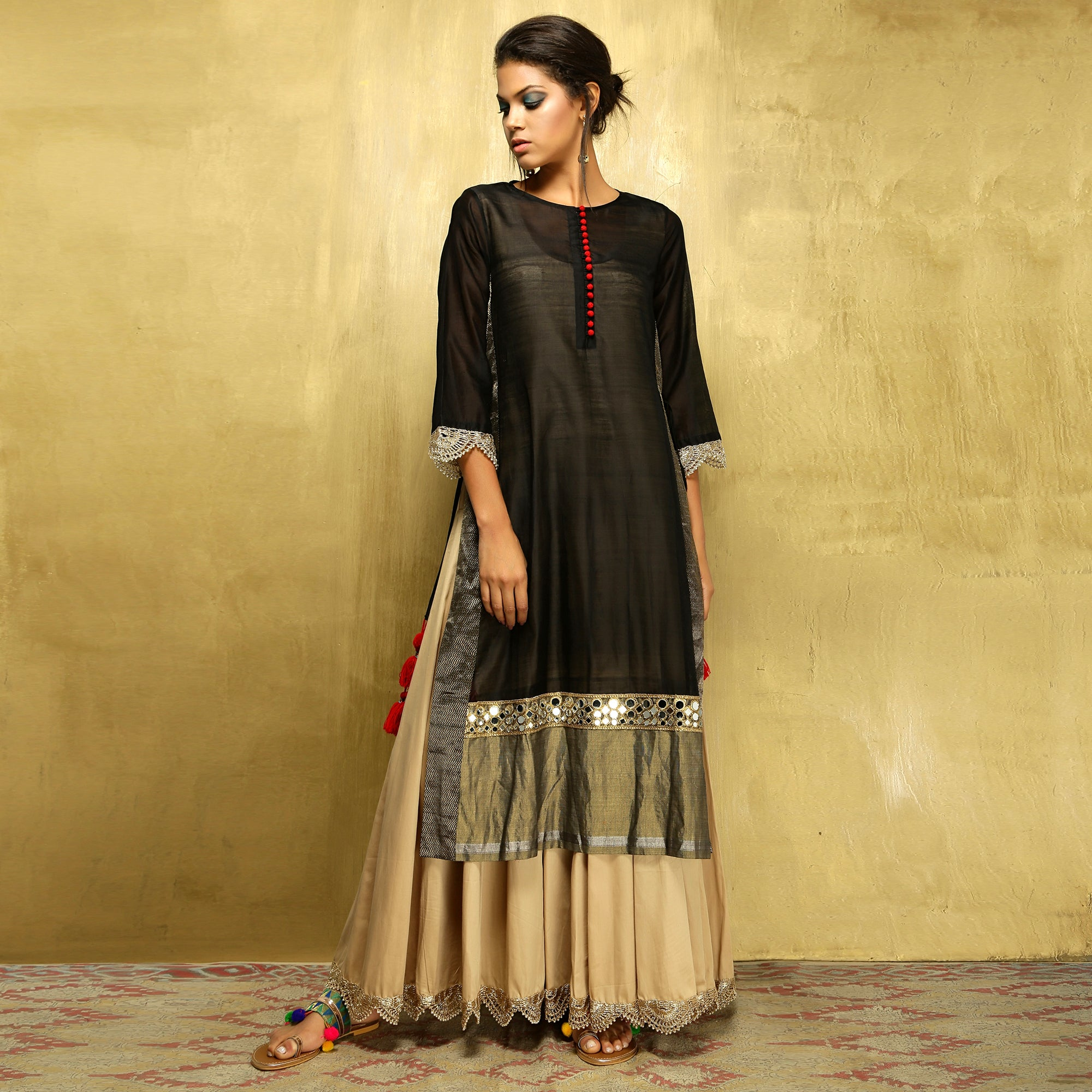 Parvati Maxi - Black and Gold