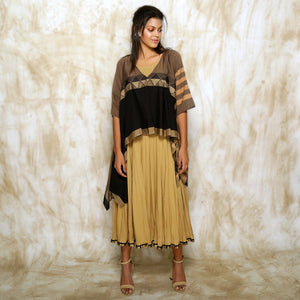 Umika Cape with Crushed Anarkali Inner - Black Gold