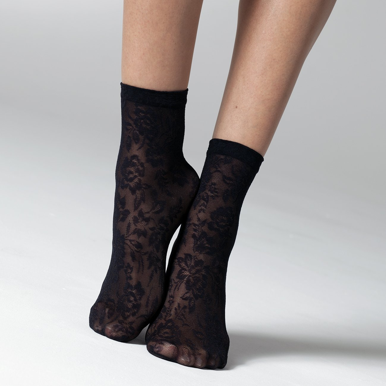 Rose Lace Ankle Socks - Rockamilly-Hosiery-Vintage