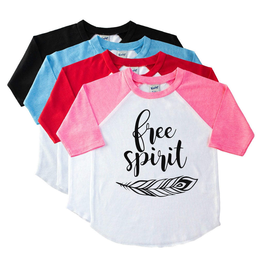 Girls' pink sleeve raglan with Free Spirit and a feather in black on the front