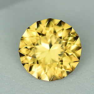 Zircon, 2.15 Carat, Golden Yellow, Master Round Brilliant Diamond Cut
