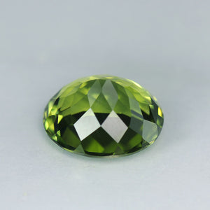 5.00 Carat Perfect, Parrot Green High Himalayan Peridot, Pakistan VVS+
