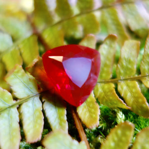 Large Vivid Fancy Red Mexican Fire Opal, Trillion Cut 6.44 ct