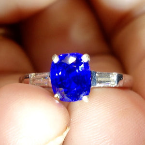 True Blue! Ceylon Sapphire Ring, Platinum and Diamond Mounting, Engagement Ring, GIA Certified